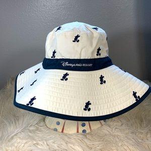 Disney Resort sun hat